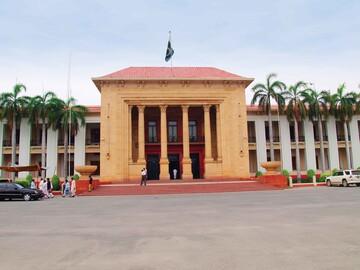 طرح بازسازی بقیع در مجلس ایالتی پاکستان با آرای اکثریت تصویب شد