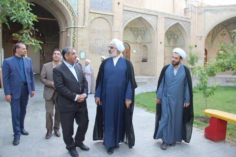 بازدید استاندار قزوین از مدارس علمیه قزوین