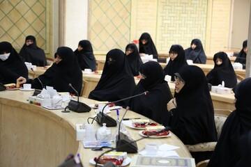 مراسم اختتامیه هشتمین دوره تربیت کارشناس پاسخگوی فقه برگزار شد