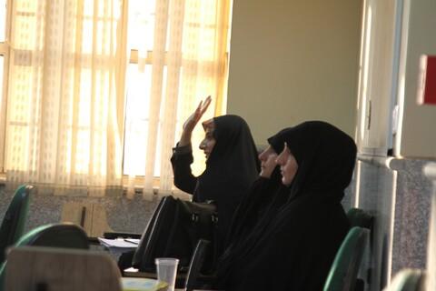 تصاویر / نشست صمیمی امام جمعه همدان با مشاوران تخصصی خانواده حوزه علمیه همدان