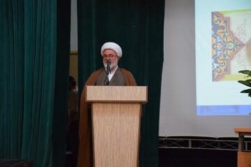 روحانیون با حضور در روستاها رسالت بزرگی انجام دادهاند