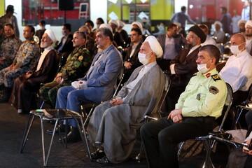 تصاویر/ جشن ویژه دهه کرامت و تقدیر از فعالان مبارزه با کرونا در قم