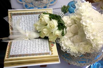 ایراد خطبه عقد و برگزاری مراسم ازدواج یکی از طلاب غیرایرانی در جامعهالزهرا(س)