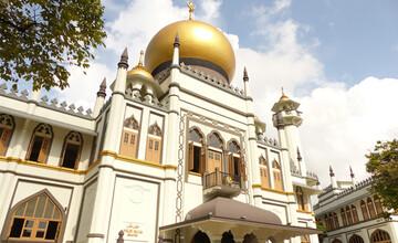 مساجد سنگاپور به طور نسبی بازگشایی شدند