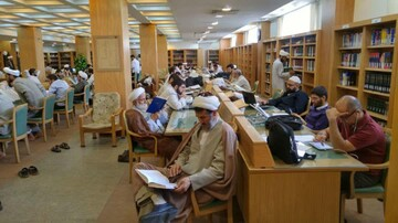 استفاده از خدمات کتابخانه آستان مقدس حضرت معصومه(س) به صورت رایگان
