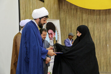 تصاویر/ آئین تجلیل از حافظان و خیران قرآنی خراسان شمالی