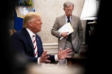 نقدی بر کتاب بولتون و بحران ریاست جمهوری ترامپ