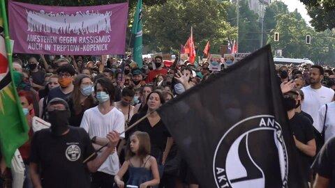 Black Lives Matter: Hundreds protest in Berlin against racism