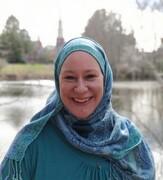 سرگذشت زن آمریکایی که از فیمینیسم به اسلام گرایش پیدا کرد