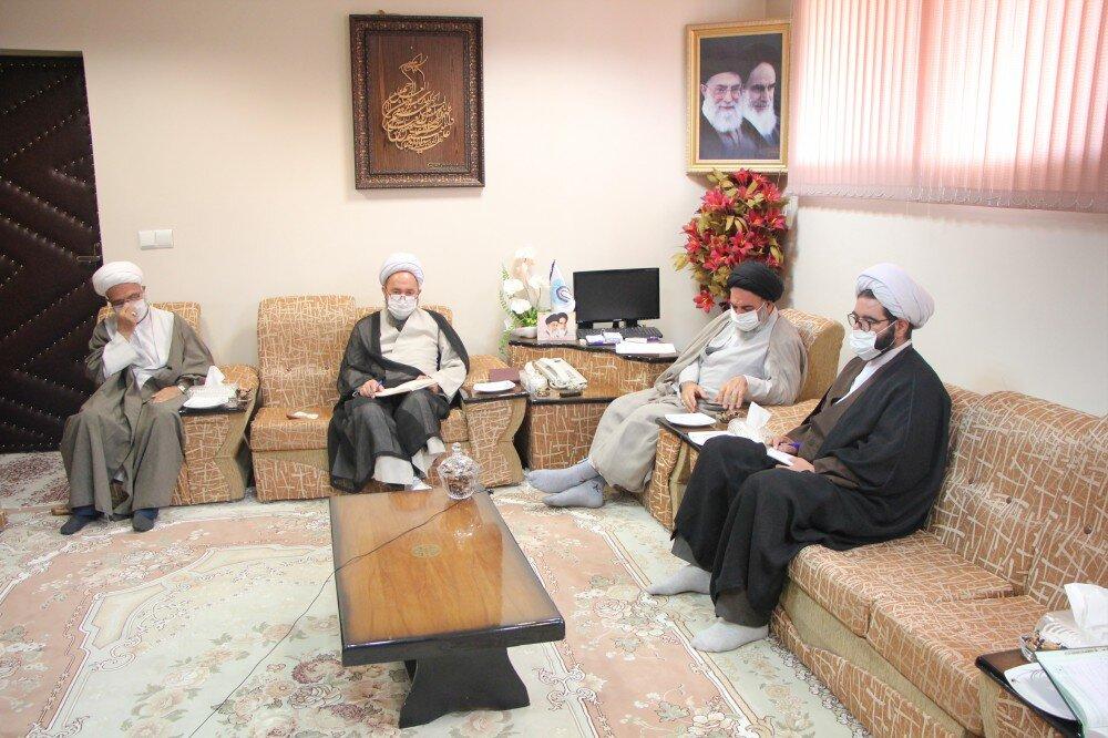 تصاویر/ جلسه شورای عالی حوزه های علمیه استان کردستان