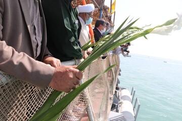 تصاویر/ گلباران محل سقوط هواپیمای مسافربری ایرباس در خلیج فارس
