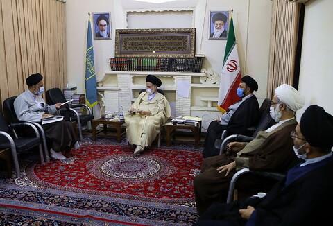 تصاویر/ دیدار هیئت رئیسه مجمع نمایندگان طلاب با آیت الله بوشهری