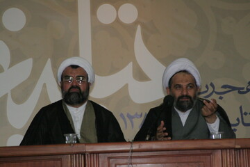 تصاویر آرشیوی از همایش مبلغان در تابستان ۱۳۸۵