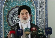 امام جمعه نجف: وابستگی به آمریکا، عراق را تا ابد دستبسته نگاه خواهد داشت