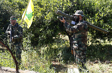 Hezbollah army deployed on Lebanon's border to destabilize Israel's security: Zionist Commander