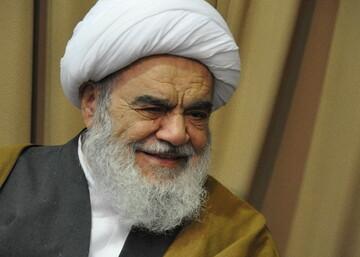 تماس تلفنی آیت الله العظمی مظاهری با رئیس دانشگاه علوم پزشکی اصفهان