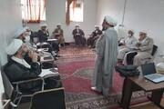 بالصور/ ورشة تعليمية وبحثية في حوزة محافظة كرمانشاه العلمية