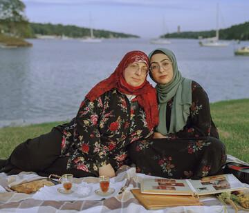 بانوی عکاس نسلهای مختلف مسلمانان در کانادا را به تصویر کشید
