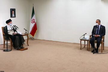 ایران خواهان عراقِ عزتمند و مستقل است/ ترور سردار سلیمانی را هرگز فراموش نمیکنیم و قطعاً ضربه متقابل را به آمریکا خواهیم زد