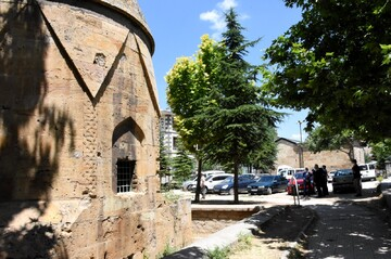 Historical Lale Mosque, Melikgazi Tomb to be restored in central Turkey's Kırşehir province