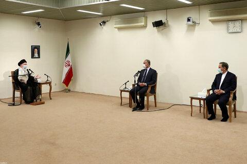 تصاویر/ دیدار نخست وزیر عراق با رهبر معظم انقلاب