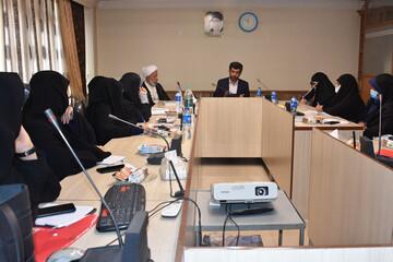 دبیران مجمع کانون دانش آموختگان حوزه خواهران اصفهان گردهم آمدند
