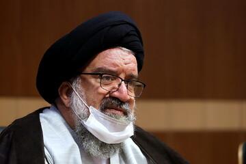 عمل درست به مناسک حج سبب حل مشکلات جهان اسلام میشود