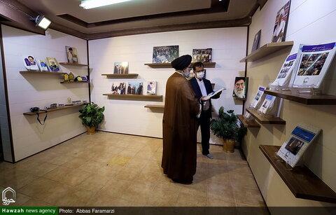 بالصور/ رئيس المجلس التنسيقي للتبليغ الديني في العاصمة طهران يتفقد وكالة أنباء الحوزة بقم المقدسة