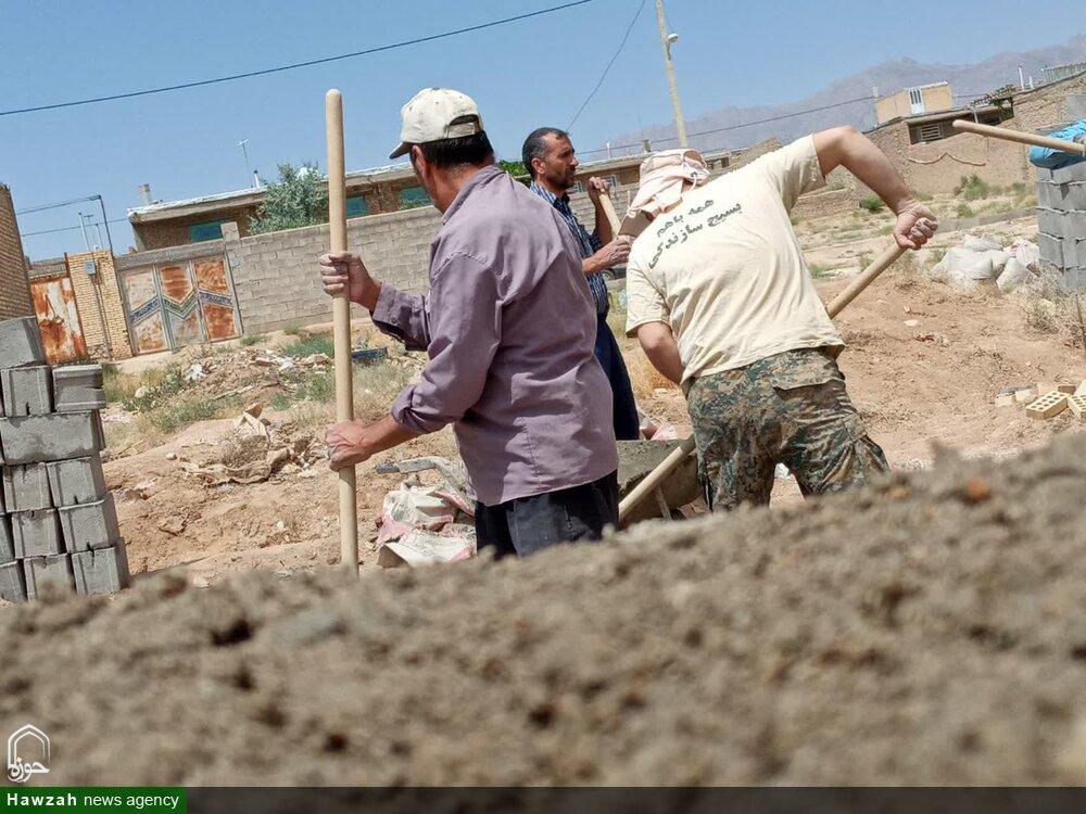 تصاویر/ گروه جهادی شهرستان تفت پای کار خدمت رسانی