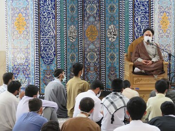ارتباط و حفظ قرآن لازمه دستیابی به کمال است
