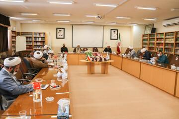 بالصور/ ندوة تخصيصة لمديري أقسام البحوث لحوزة أصفهان العلمية
