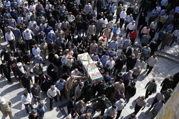 """تصاویر/ مراسم تشییع  """"شهید امیرحسین علیخانی"""" در قزوین"""