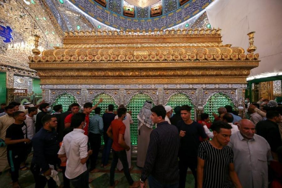 تصاویر/ حال و هوای حرم حضرت امیرالمؤمنین (ع) در عید قربان