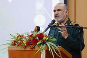 سردار سلامی: ملت لبنان را هرگز تنها نمیگذاریم