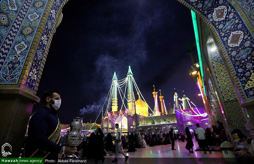 تصاویر/ حال و هوای حرم حضرت فاطمه معصومه(س) در شب عید غدیر