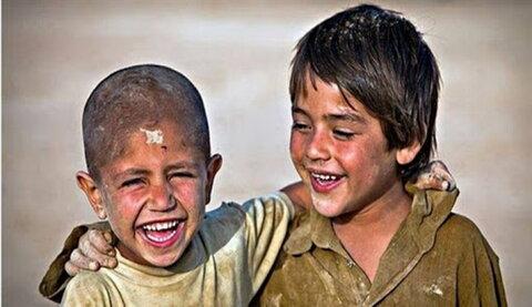 عکس آرشیوی/ کمک به محرومان