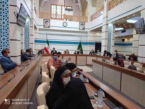 نشست نماینده ولی فقیه با اصحاب رسانه فارس
