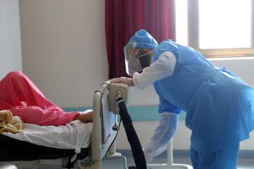 تصاویر/ فعالیت طلاب جهادی در بیمارستان فرقانی قم