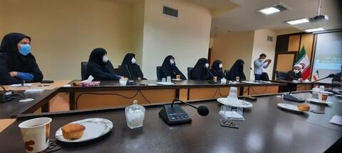 تصاویر/ نشست تجلیل از مبلغات حوزوی جهادگر در عرصه سلامت سمنان