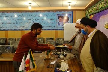 تصاویر/ تجلیل امام جمعه ماکو از خبرنگاران