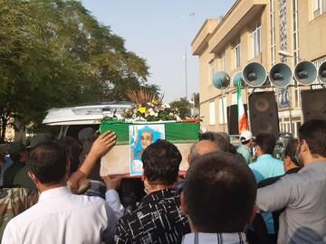 تصاویر/ مراسم تشییع پیکر جانباز شهید علیرضا زارع خورمیزی در کاشان