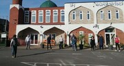 Banbury Mosque receives Hero award for service to community during the COVID-19 pandemic