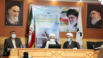 آیت الله علماء: صدای حقانیت ایران توسط آزادگان به گوش جهان رسید