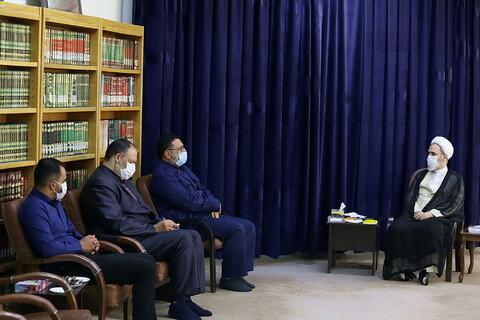 دیدار مسئولین هیئت خادم الرضا قم با آیت الله اعرافی