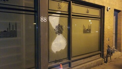 Window smashed at downtown Toronto mosque in 6th reported incident within 3 months