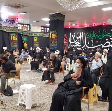 تصویر برادر آیتالله العظمی  سیستانی در مراسم عزاداری با رعایت دستورالعملهای بهداشتی