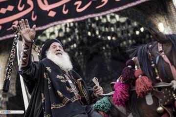 بالصور/ مشاهد حصرية لموكب تشابيه دخول عائلة الامام الحسين (ع) الى كربلاء