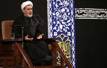 فیلم   سخنرانی حجتالاسلام والمسلمین رفیعی شب هشتم محرم ۹۹ در حضور رهبر انقلاب