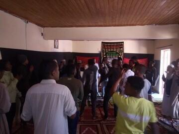 تصاویر/ عزاداری محرم در مدرسه علمیه امام حسین(ع) ماداگاسکار
