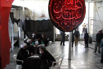 تصاویر / خدمت رسانی روحانیون همدان به مردم در محل برگزاری نماز جمعه